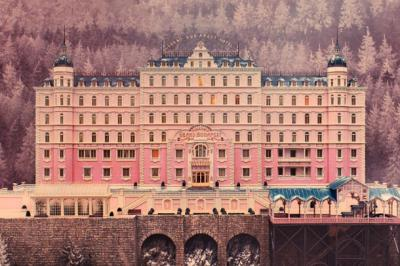 The Grand Budapest Hotel Behind The Lens Online